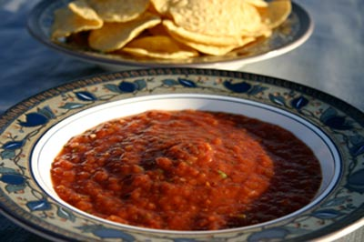 salsa-chips